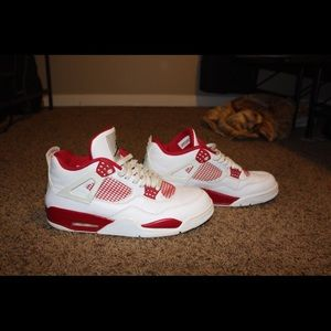 Jordan retro 4's alternative 89